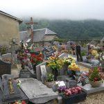 Le modeste cimetière de Sers.