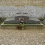 Tombeau de Ferdinand Bac, à Compiègne.