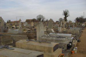 Le cimetière de Culan (partie ancienne)