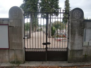 Saint Amour Entrée du cimetière