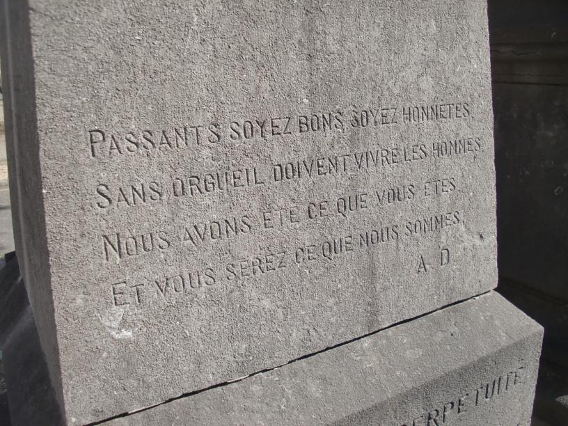 Saint Denis Epitaphe n° 3